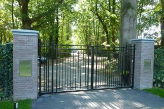 Klassieke poort jaren-30 woning